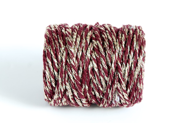 BEAUTIFUL CHRISTMAS CANDY CANE BAKERS TWINE RED WHITE STRING CORD BUTCHERS 100m