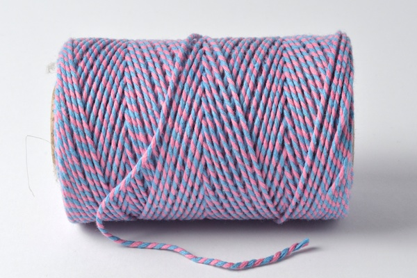 baker's twine two coloured sky blue and pink